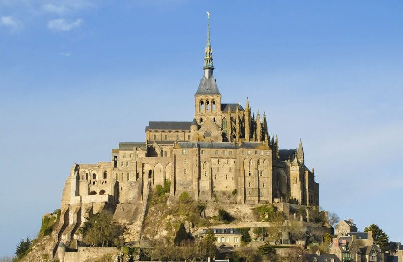mont saint michel motorcycle tour france