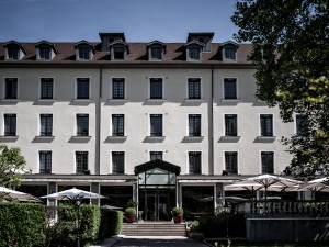 motorcycle friendly hotel France