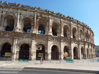 motorcycle tours france nimes